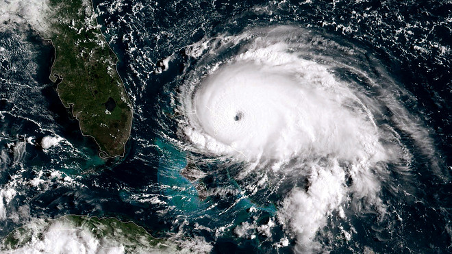 Hurricane in Atlantic Ocean is link to Hurricane Readiness Guide issued by Pinellas County